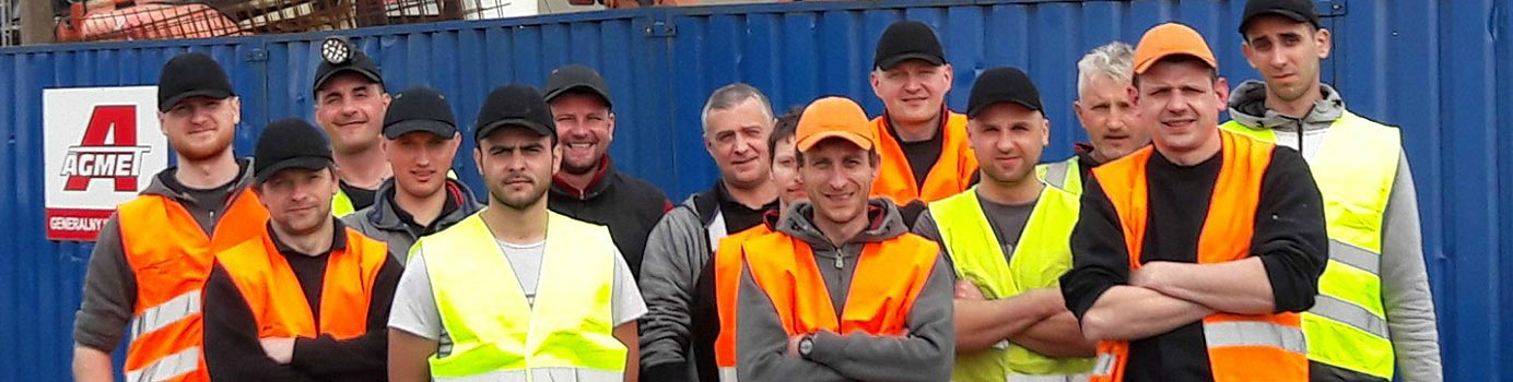 JCL Ltd workforce - fully trained and ready to use their usual expert self storage installation service in the UK and across Europe